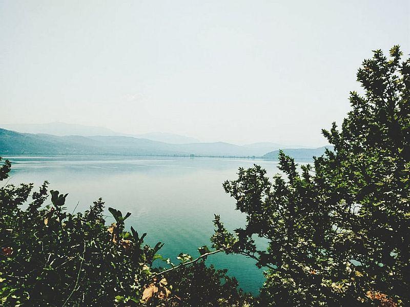 Der Pamvotida See in Ioánnina