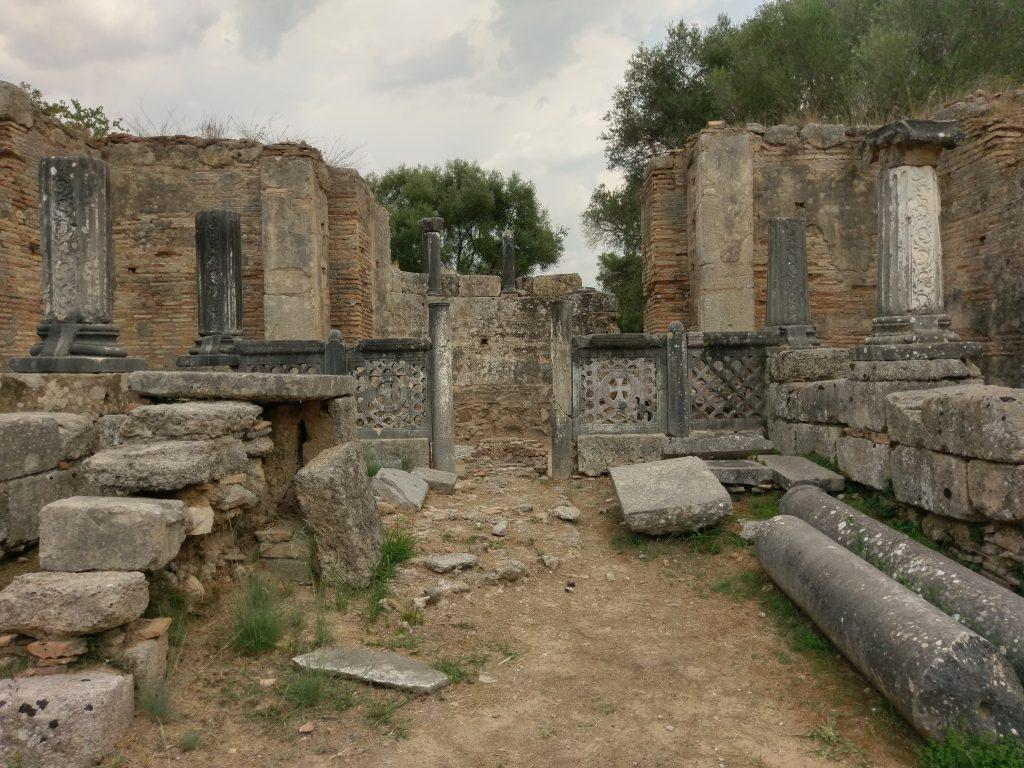 Ruinen der alten Werkstatt des Phidias