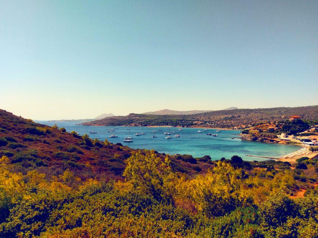 Ein Blick in die Bucht am Kap Sounion