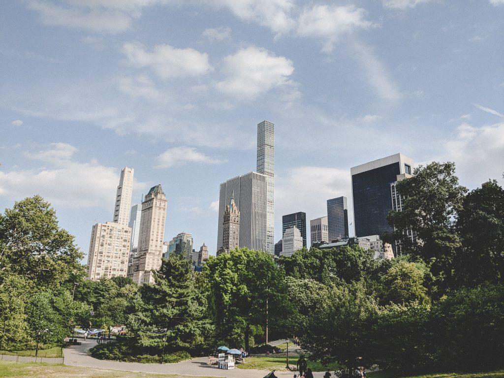 Der Central Park umsäumt von Hochhäusern