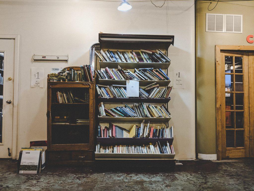 Bücher für den schmalen Taler