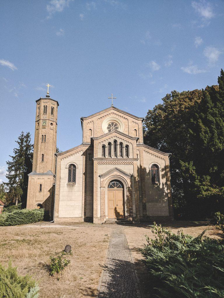 Die Dorfkirche in Caputh