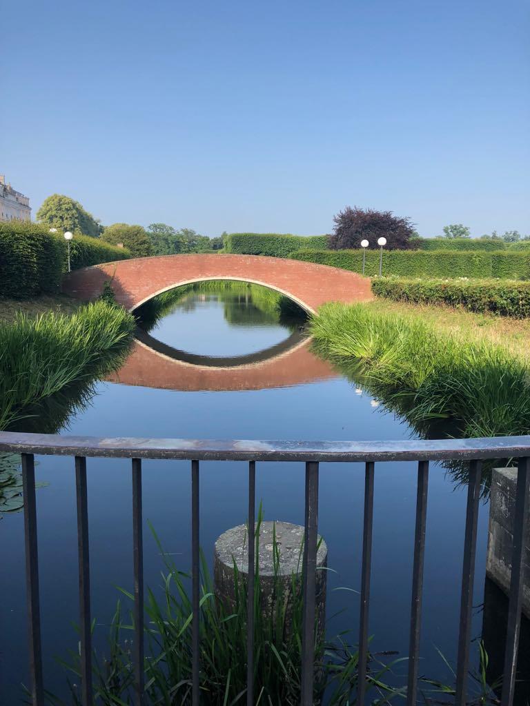 Mönchweiher mit Brücke