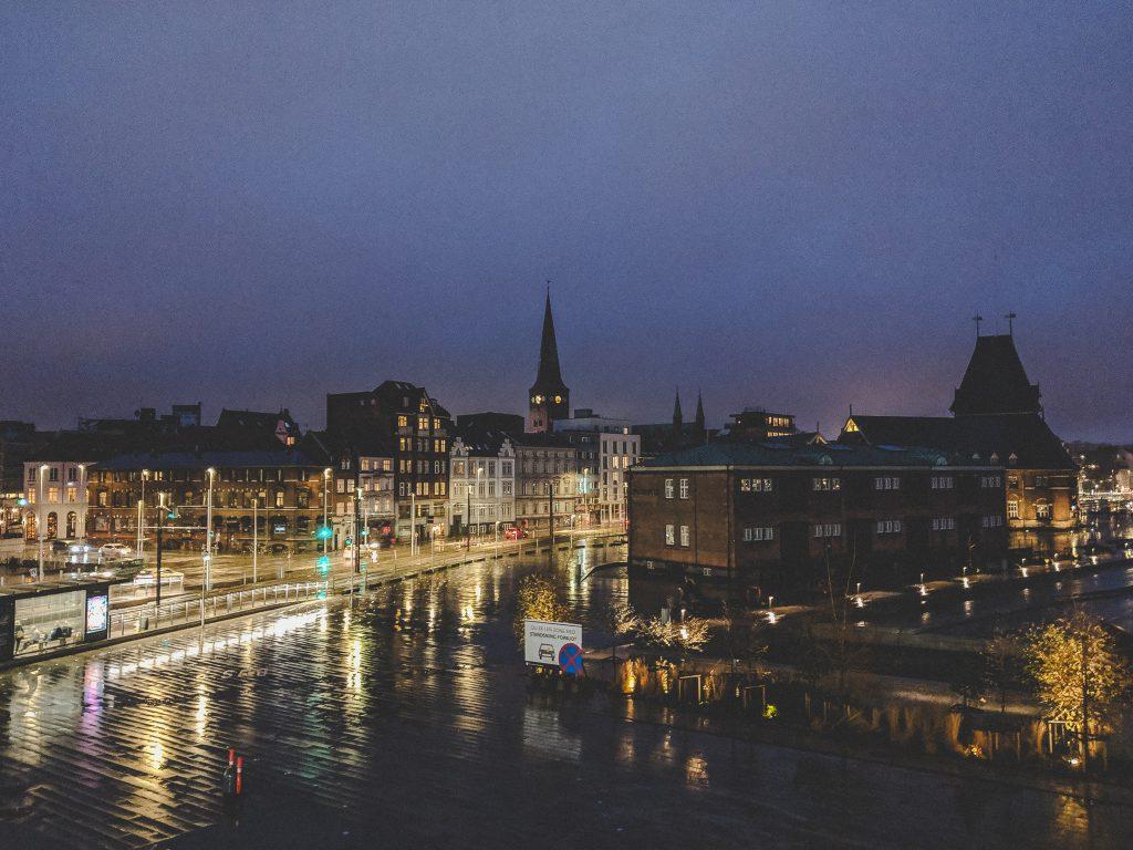 Blick auf die Innenstadt vom DOKK 1