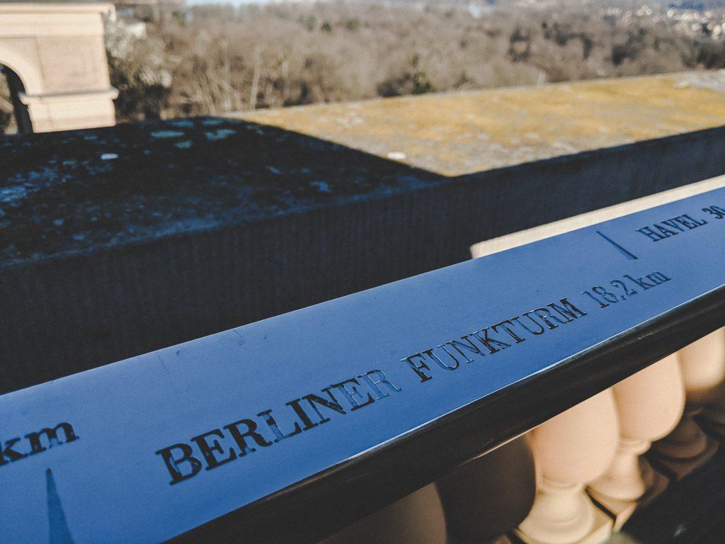 Bei schönem Wetter ist die Sicht bis zum Berliner Funkturm möglich
