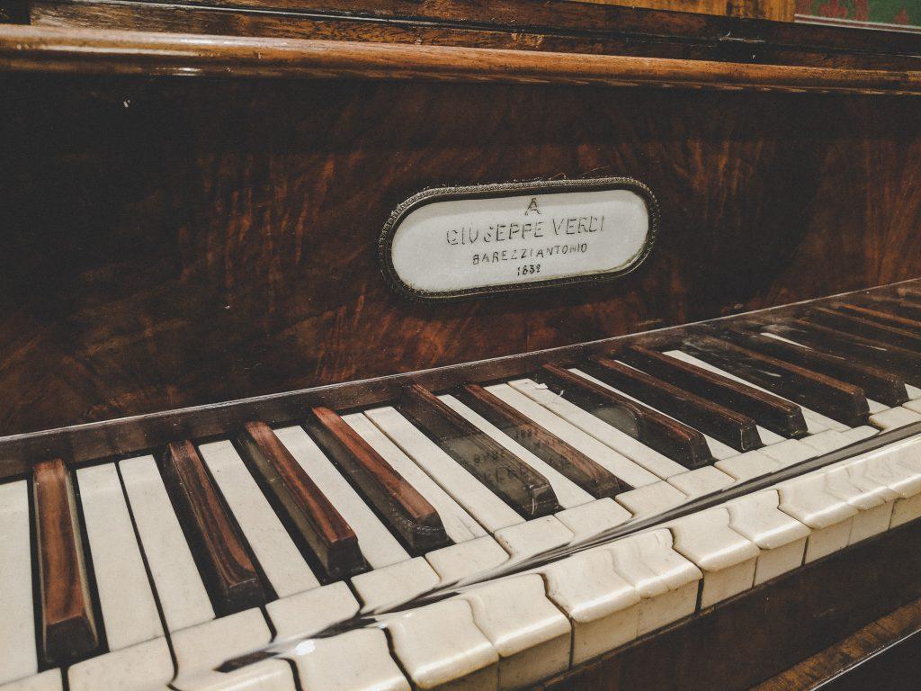 Ausgestellt im Museo alla Scala in Mailand: Das Klavier von Giuseppe Verdi