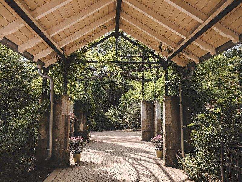 Der Eingang zu den Beelitzer Heilstätten