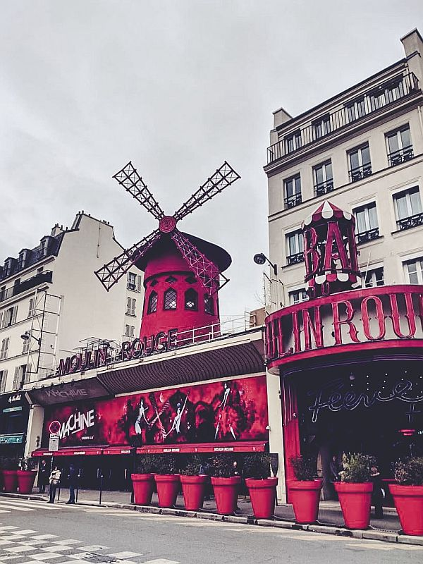 Die Moulin Rouge in Paris