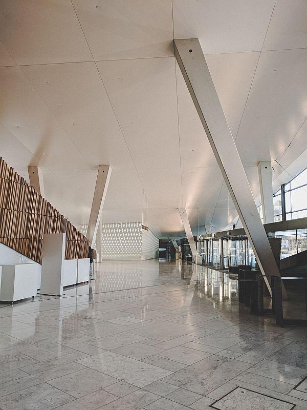 Der Eingangsbereich der Osloer Oper