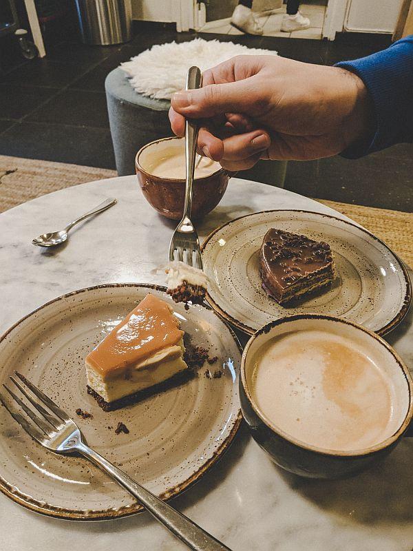 Kaffee und Kuchen im Holmenkollencafé