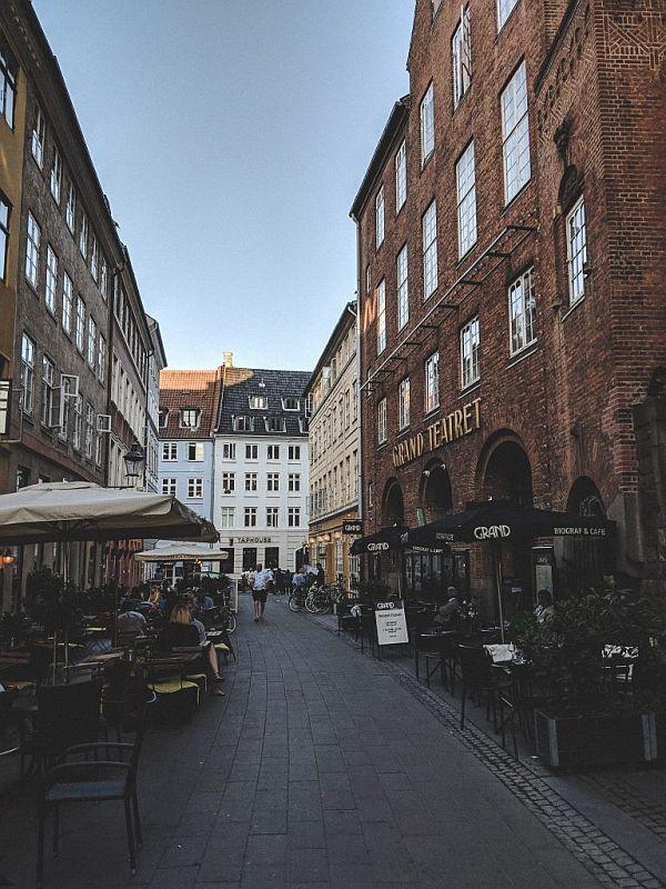 Die schöne Mikkel Bryggers Gade in der Innenstadt von Kopenhagen