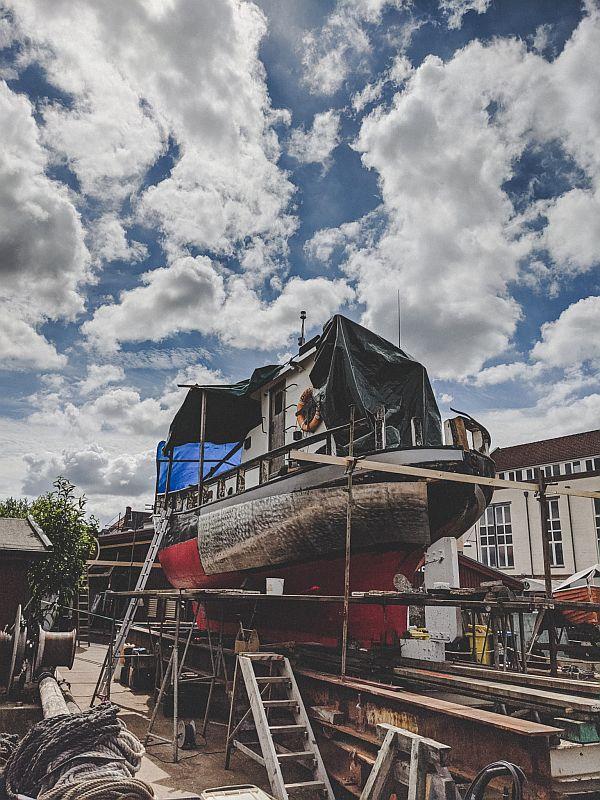 Alte Schiffe auf der Museumswerft