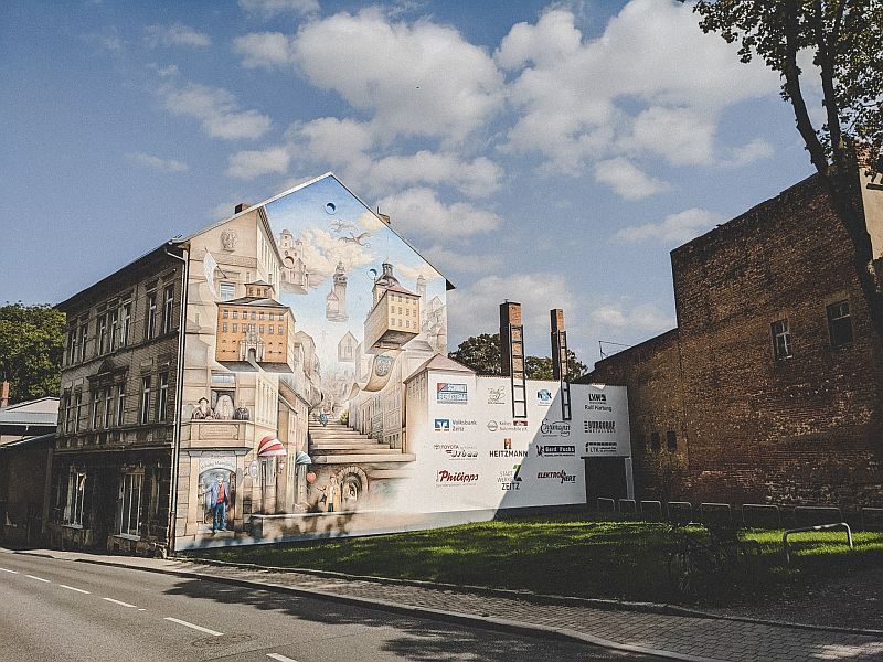 Zeitz Tipps - Bunte Hausfassade in Zeitz