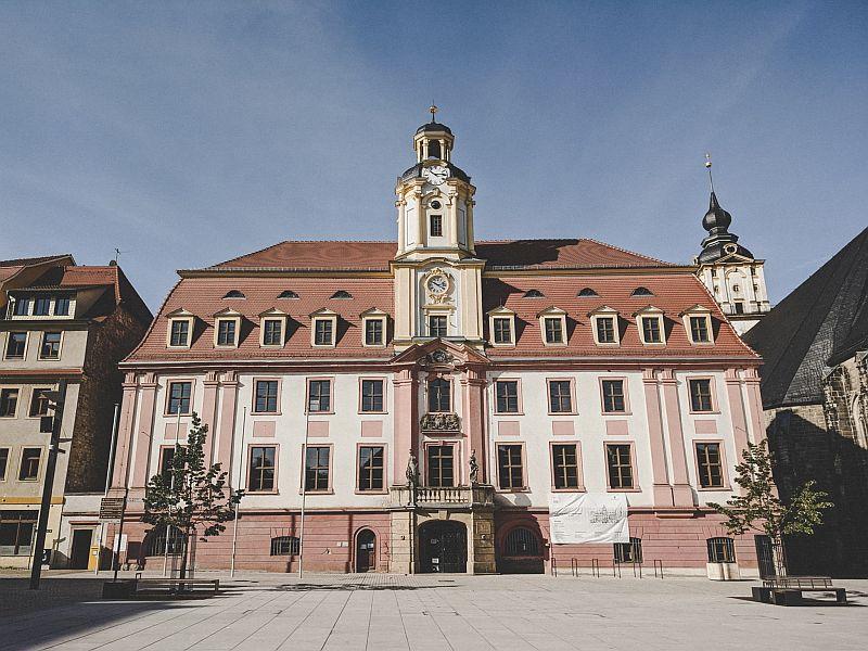 Weißenfels Sehenswürdigkeiten - Das barocke Rathaus auf dem Marktplatz