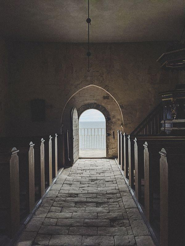 Ausflug nach Stevns Klint - Ausblick auf das Meer von Højerup Gamle Kirke