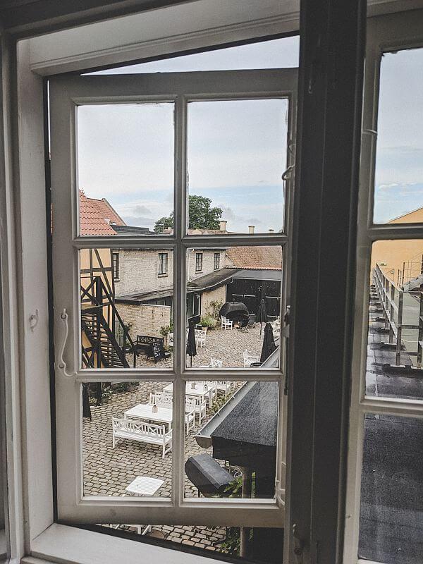 Seeland Roadtrip - Ausblick von unserem Zimmer im Hotel Saxkjøbing